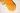 Nahaufnahme von flüssigem gelben Honig auf weißem Hintergrund