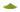 Grünes Matcha-Tee Pulver auf einem Haufen auf weißem Untergrund